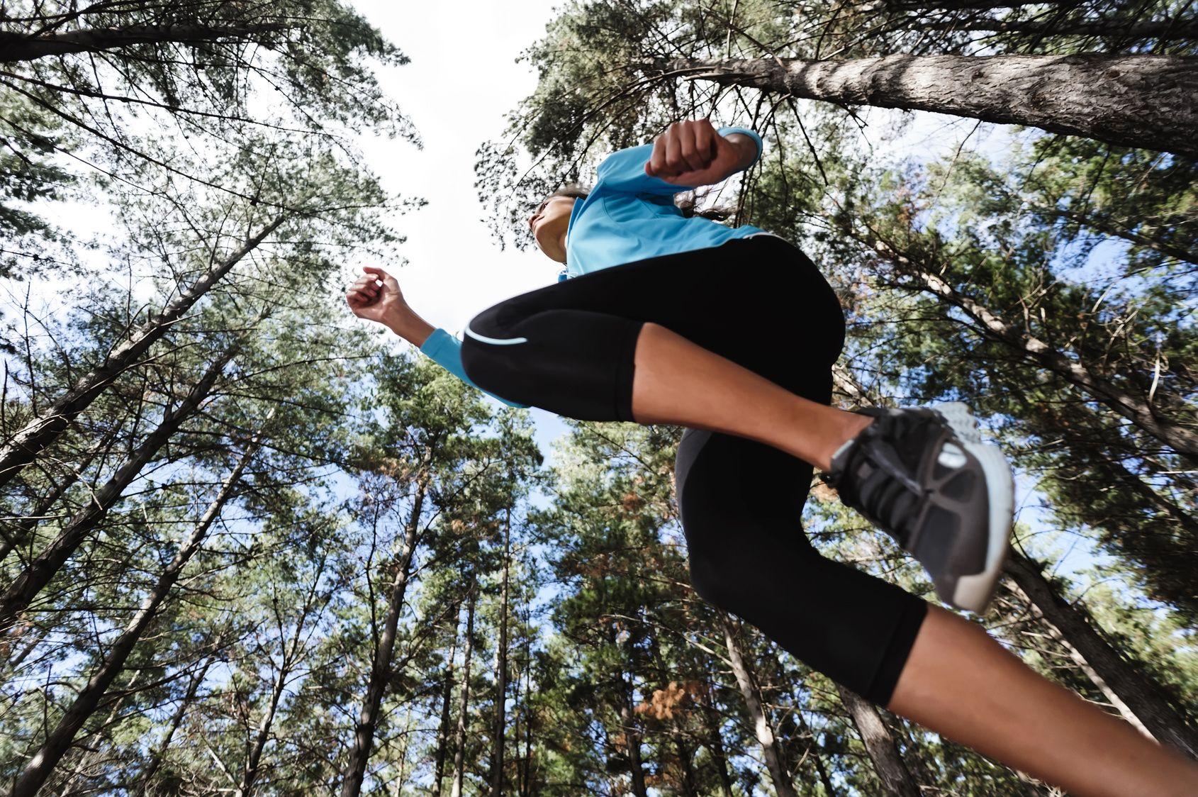 Тропа здоровья для занятий спортом в лесу фото 7