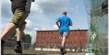 Zakład Karny w Rawiczu wdraża program resocjalizacji przez bieganie