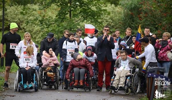"""7. Charytatywny Bieg """"Wybiegaj Sprawność"""" w Warszawie (8.10.2017)"""