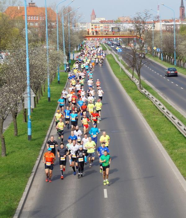 1241 Półmaraton Legnica – Legnickie Pole (9.4.2017)