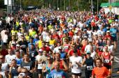 Na zdjęciu półmaraton w Pile - jeden z biegów składających się na Koronę Polskich Półmaratonów