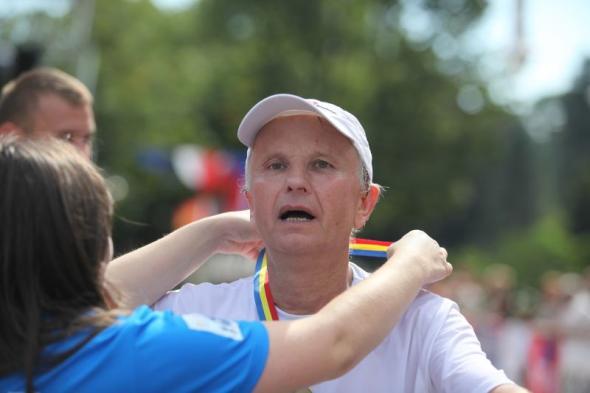 Prof. Kołodko po ukończeniu maratonu w Krynicy